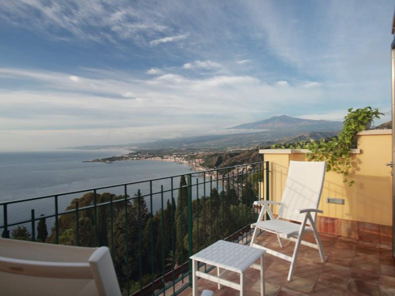 Deluxe studio apartment | Hotel Taormina | Holidays in Sicily | Hotel 4 Star | Boutique Hotel Taormina