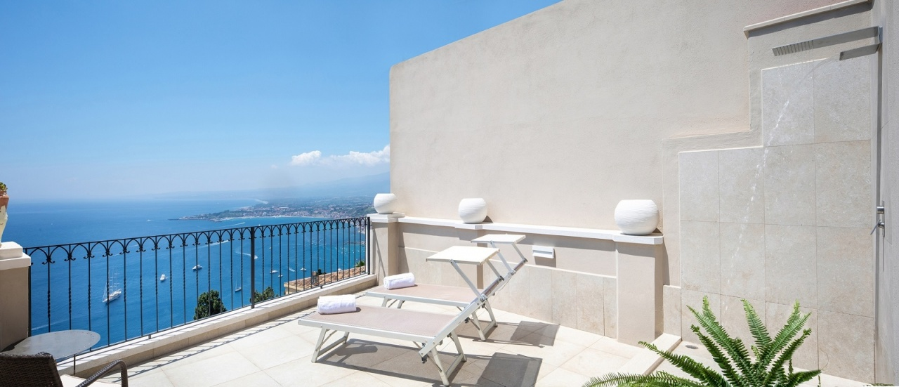 Rock suites apartment | Apartments in Taormina | Holidays in Sicily | Hotel 4 Star | Boutique Hotel Taormina
